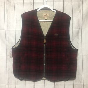 Woolrich Plaid Wool Vest XL Red Black Sherpa Lined
